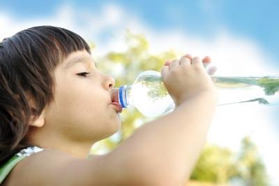 Beber pouca água